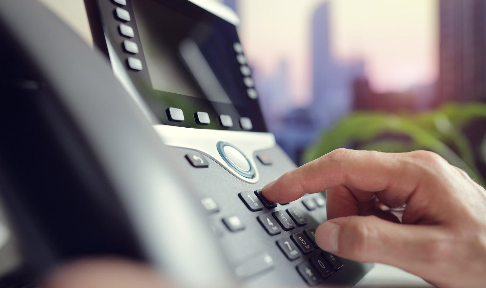Los 5 mejores mensajes para tu contestador en vacaciones