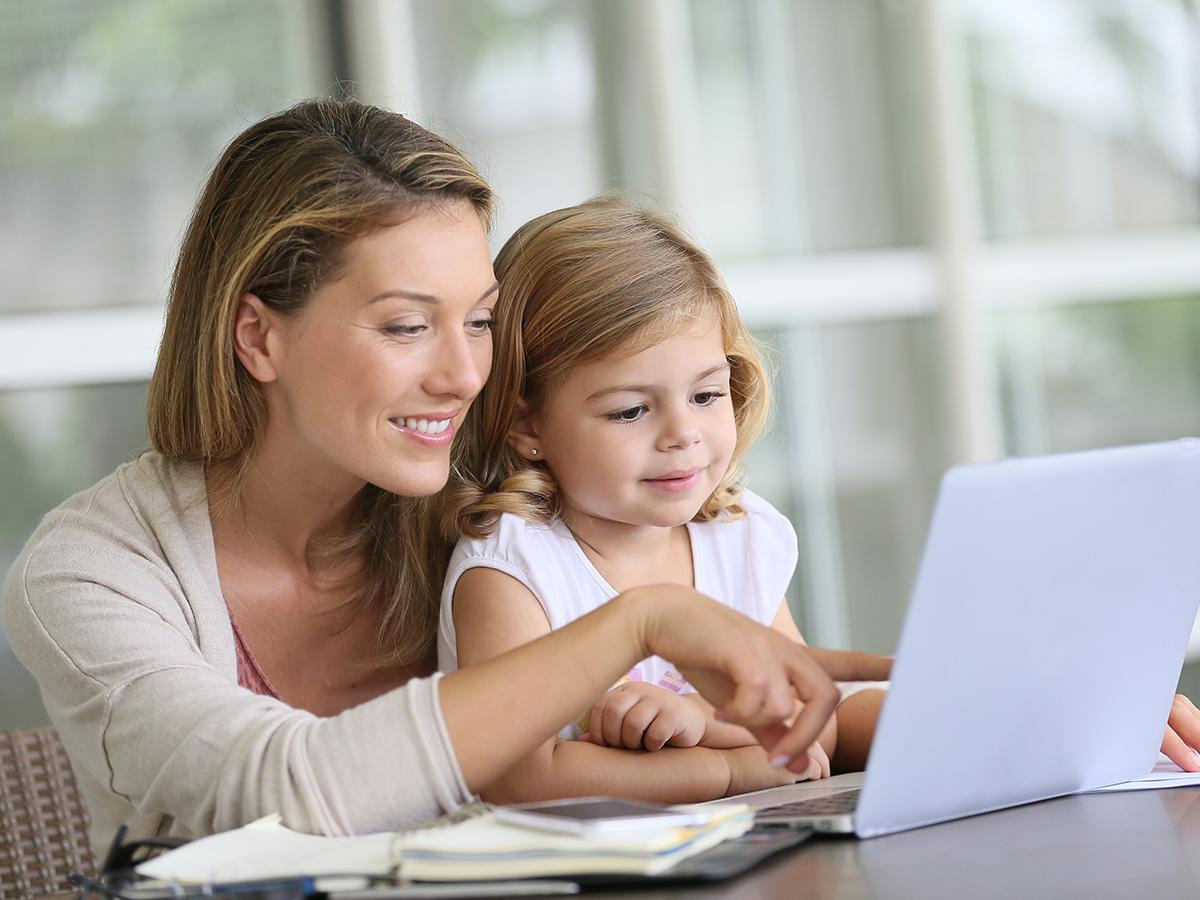 Bambini e lavoro in smart working? Ecco le idee per intrattenerli e le dritte per dividere al meglio il tempo e lo spazio